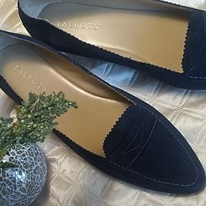 NEW!! TALBOTS SUEDE FLATS